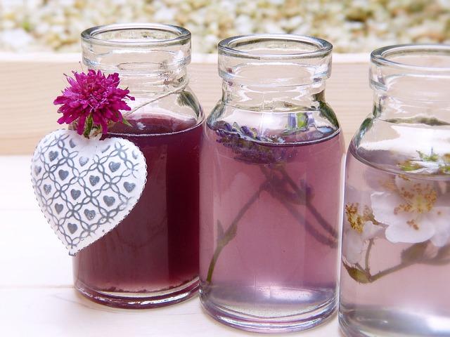 ماء الورد روح للبشره الجافه